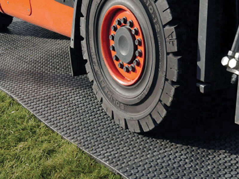 Bodenmat on grass surface with heavy vehicle load